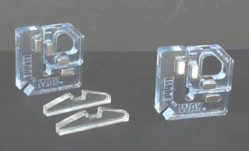 10089 Right Way N & Z Scale Magnetic Corner Clamps (set of 2)